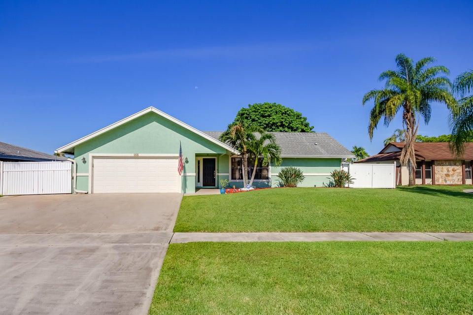 252 Ponce De Leon Street, Royal Palm Beach, FL 33411