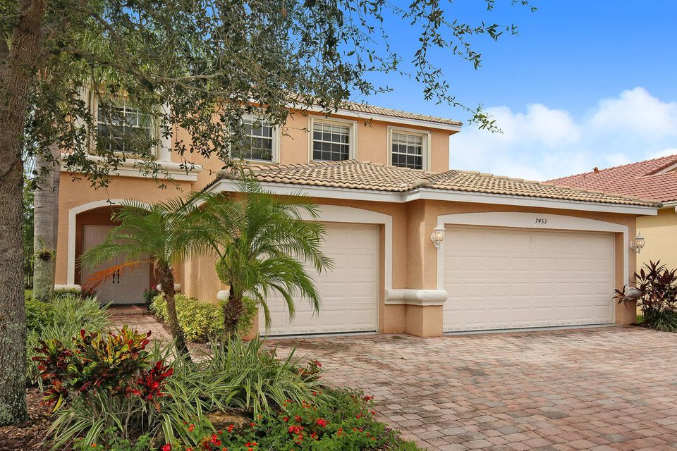 7453 Via Luria, Lake Worth, FL 33467