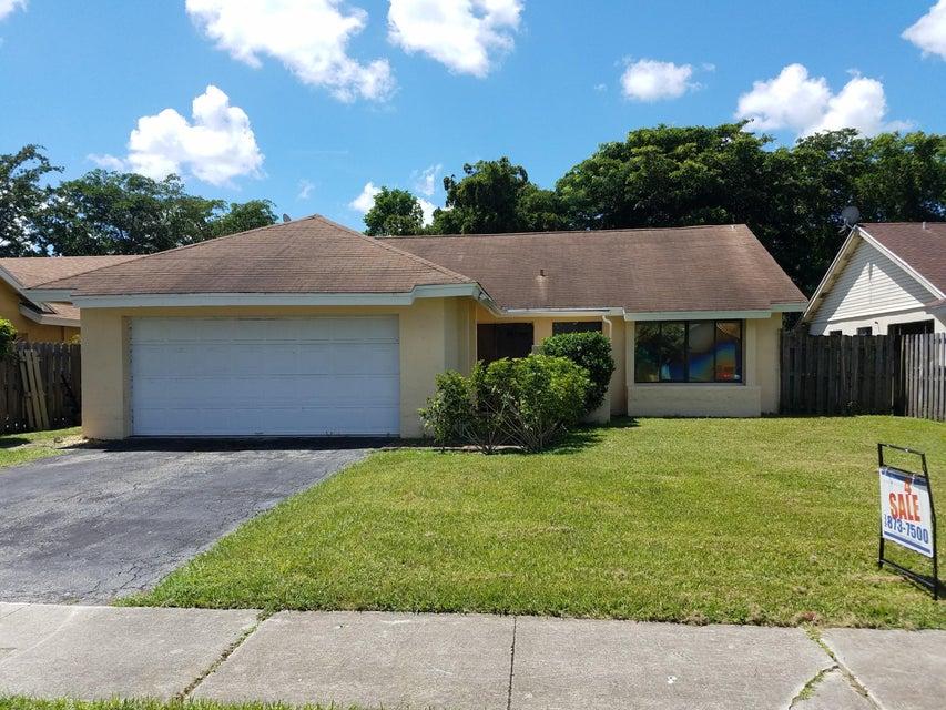 7814 Roble Lane, Lake Worth, FL 33467