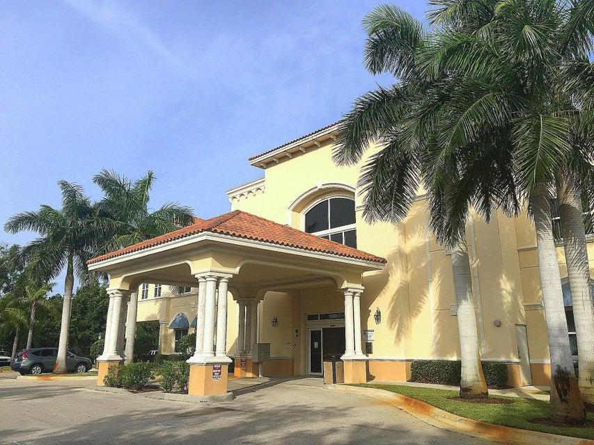 1680 SE Lyngate Drive 103, Port Saint Lucie, FL 34952