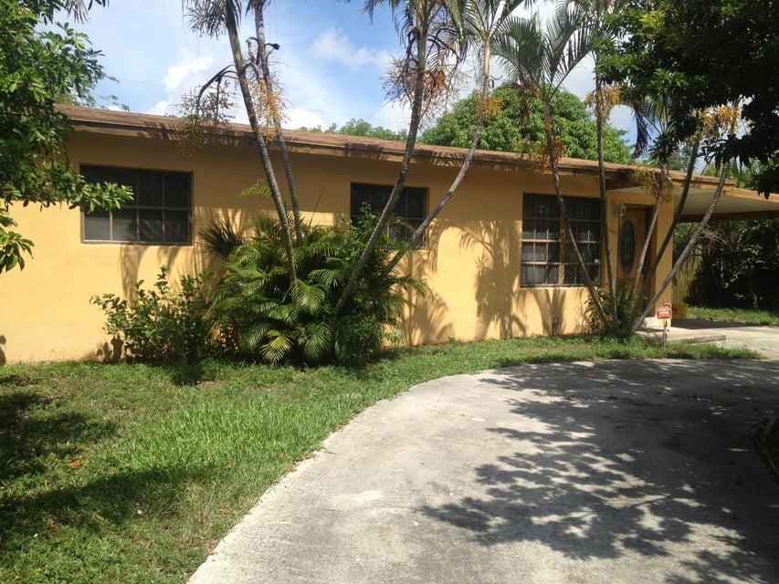 1043 S 14th Court, Lantana, FL 33462