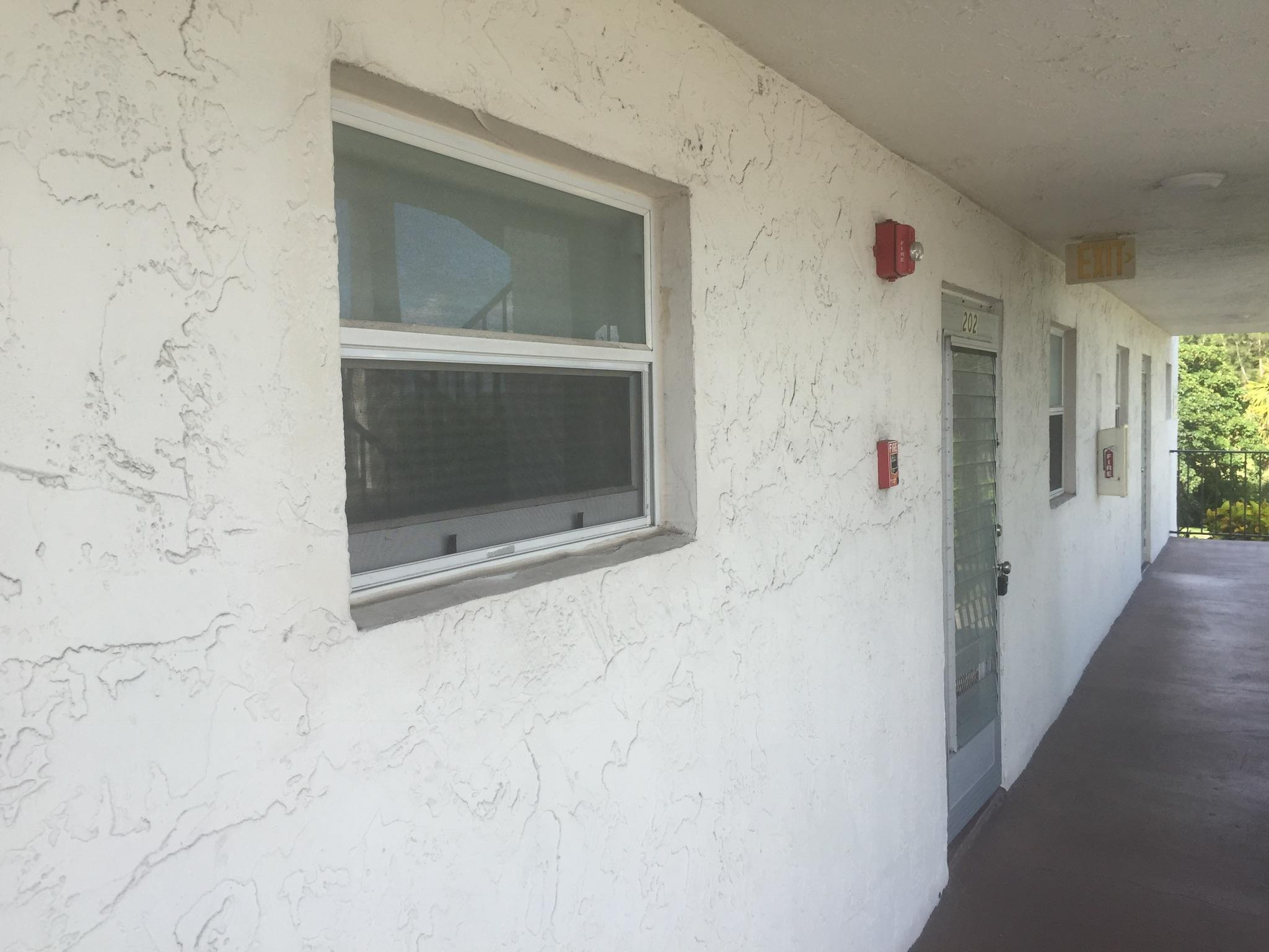 770 Lori Drive 260, Palm Springs, FL 33461