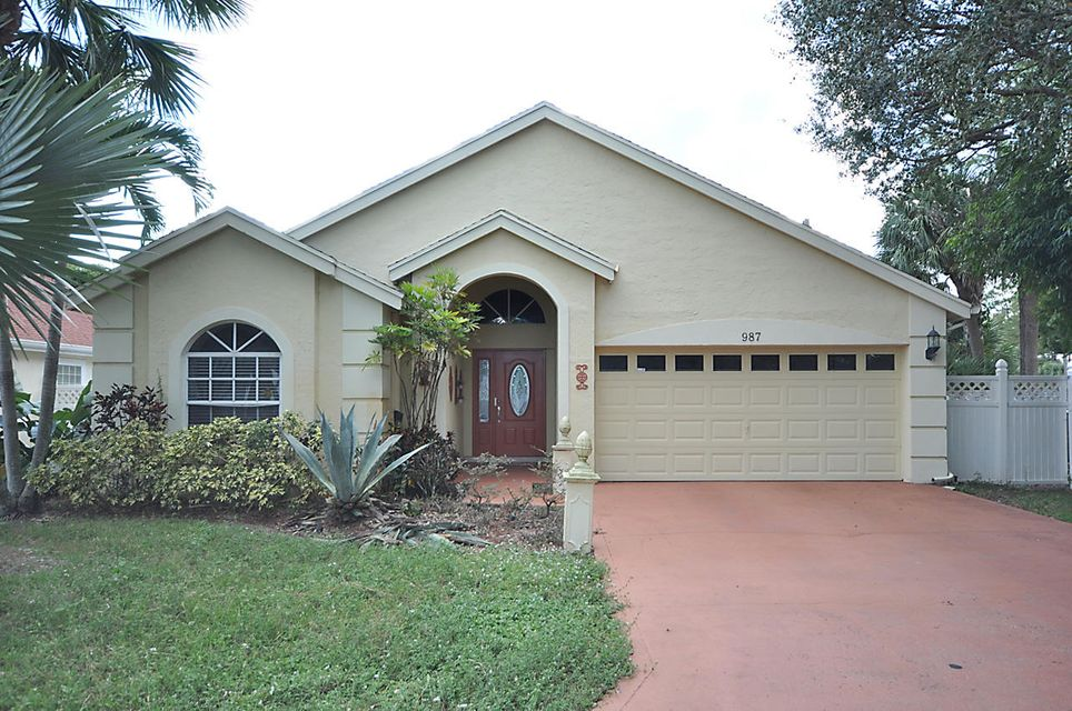 987 Song Sparrow Lane, Wellington, FL 33414