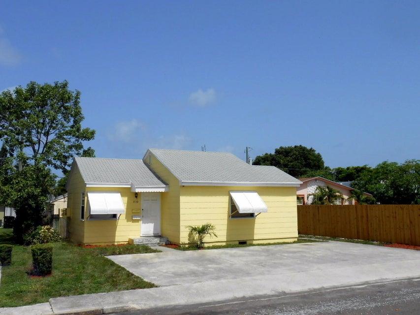 910 N J Street, Lake Worth, FL 33460