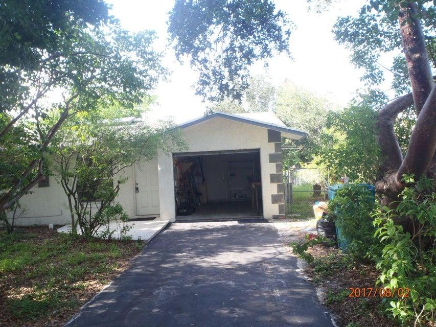 619 SW 2nd Avenue, Boynton Beach, FL 33426