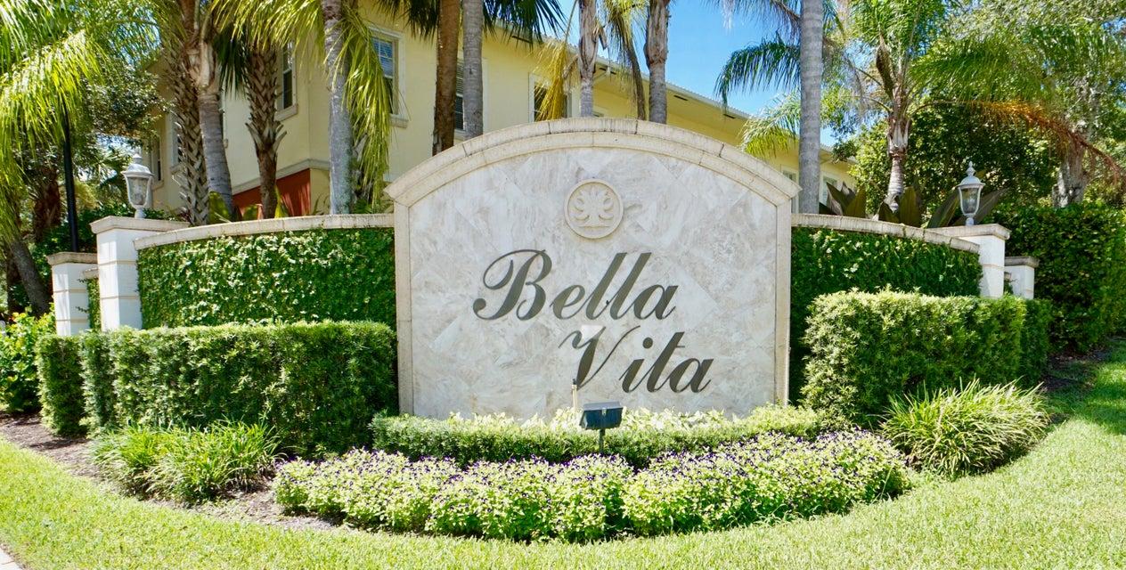 107 ViA Aurelia, Royal Palm Beach, FL 33411
