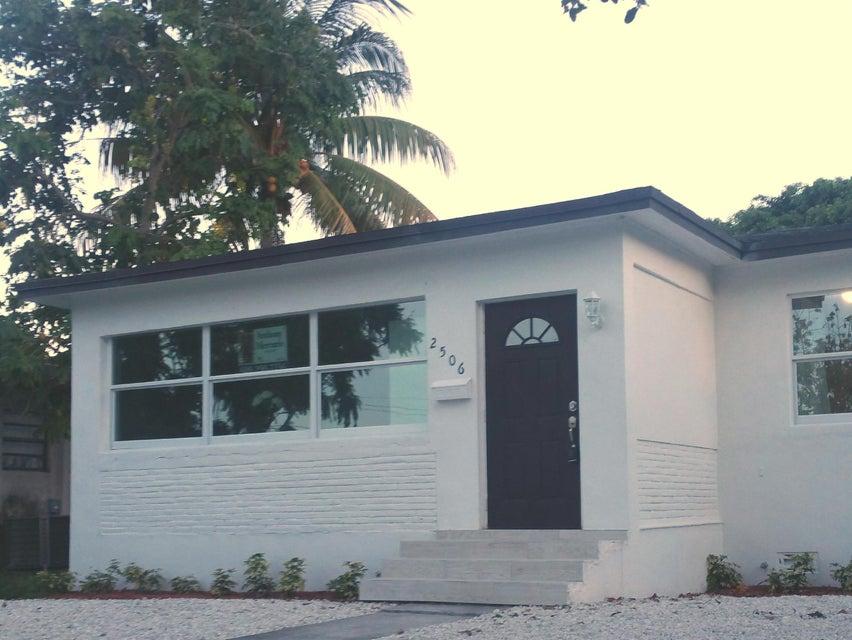 2506 Roosevelt Street, Hollywood, FL 33020