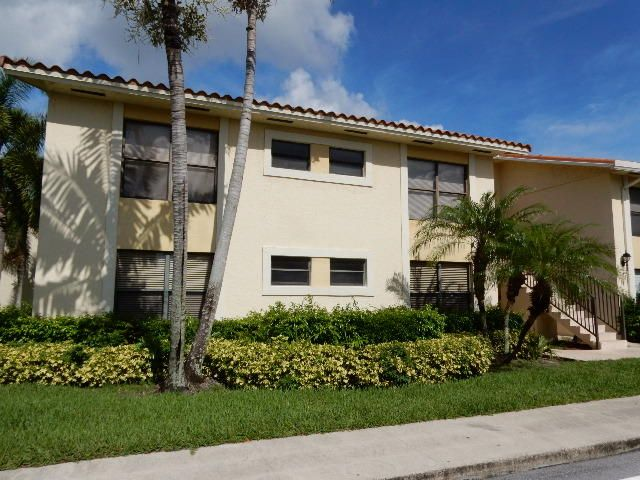 1543 Lake Crystal Drive A, Royal Palm Beach, FL 33411