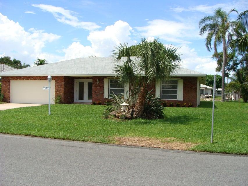 1361 SW 27th Avenue, Boynton Beach, FL 33426
