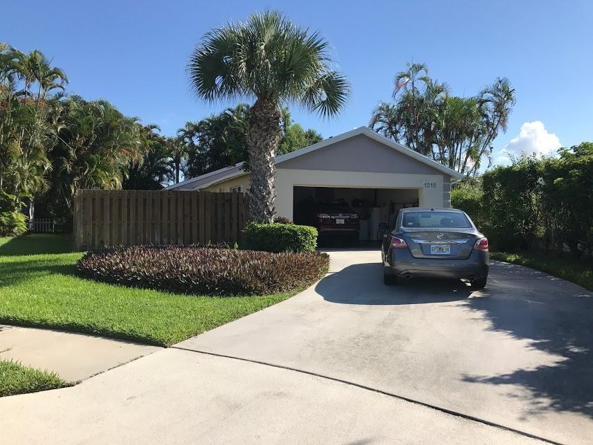 1215 Pine Sage Circle, West Palm Beach, FL 33409