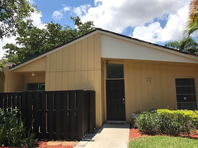 11696 Timbers Way, Boca Raton, FL 33428