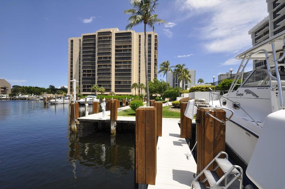 4748 S Ocean Boulevard 301, Highland Beach, FL 33487