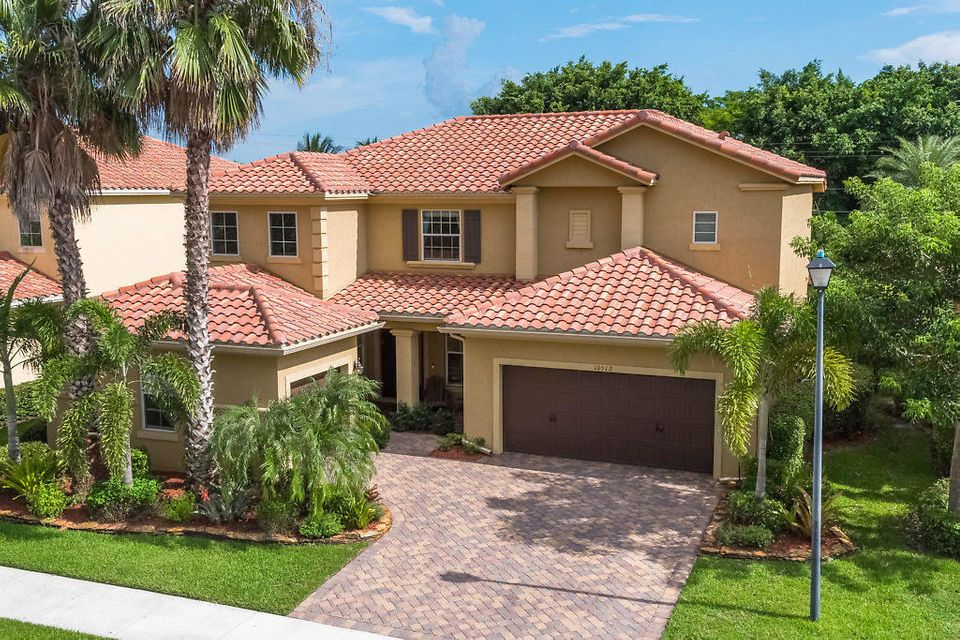 10512 Longleaf Lane, Wellington, FL 33414