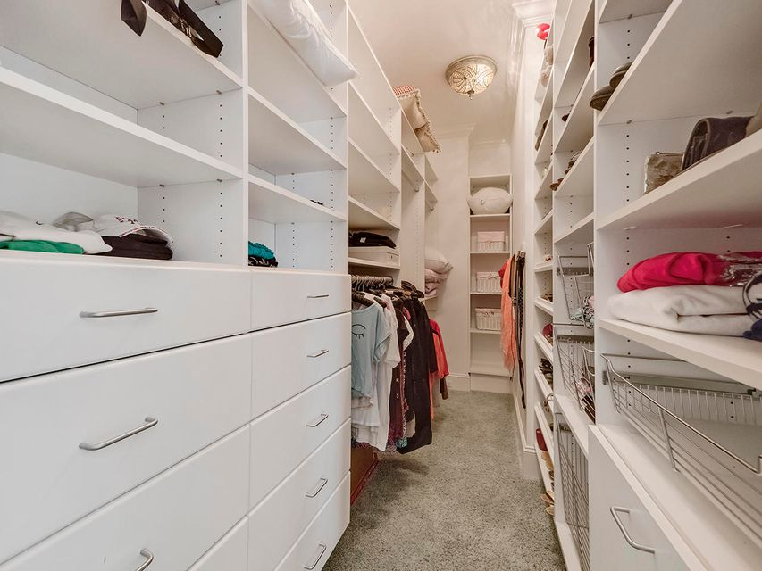 Guest Bedroom 3 Closet
