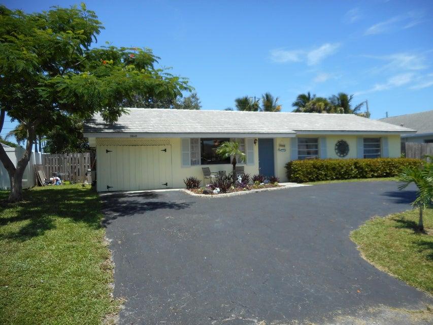 3569 Cosmo Street, Palm Beach Gardens, FL 33410