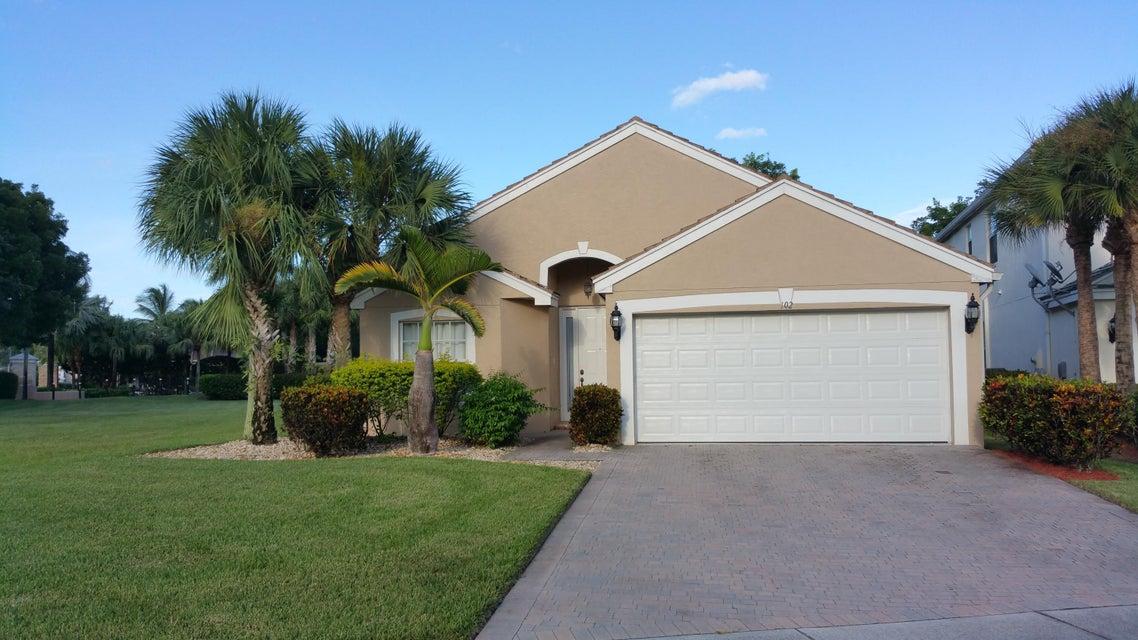 102 Lancaster Way, Royal Palm Beach, FL 33414