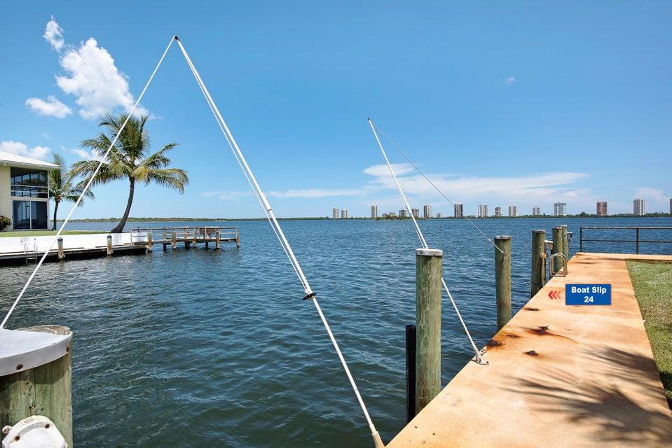 1135 Lake Shore Drive 105, North Palm Beach, FL 33403