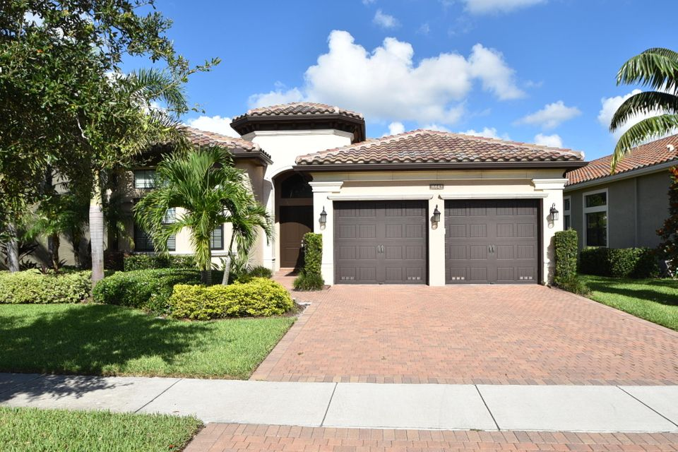 16643 Ambassador Bridge Road, Delray Beach, FL 33446