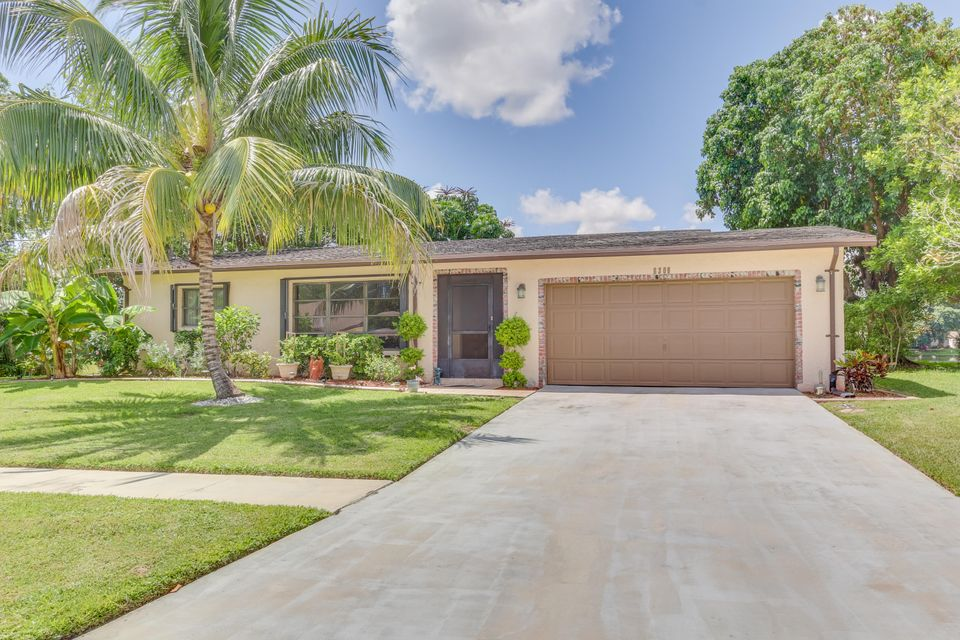 6308 Hitchin Post Way, Delray Beach, FL 33484