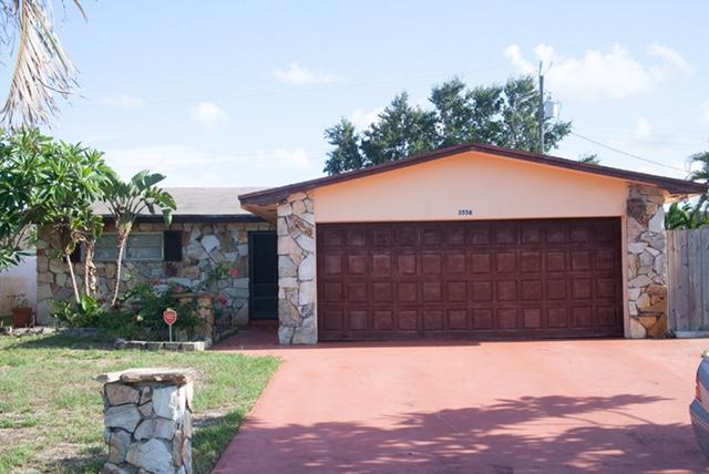 3558 Brooklyn Lane, Lake Worth, FL 33461