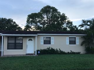 9455 Bloomfield Drive, Palm Beach Gardens, FL 33410