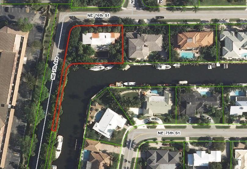 700 NE Orchid Bay Drive, Boca Raton, FL 33487