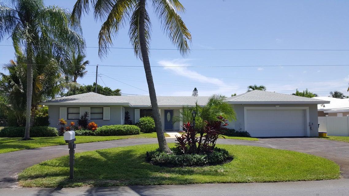 906 SW 28th Avenue, Boynton Beach, FL 33435