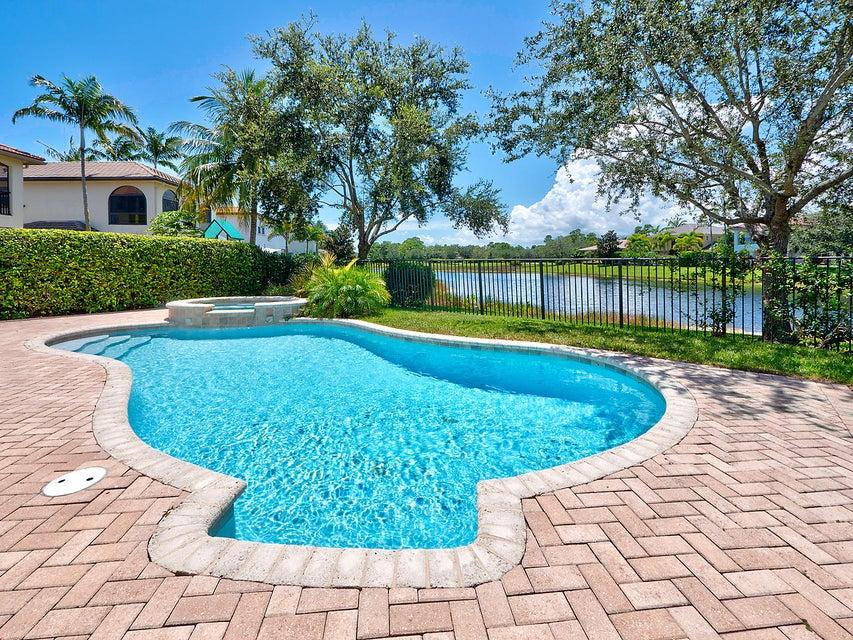 Pool + Spa w/ Lake View
