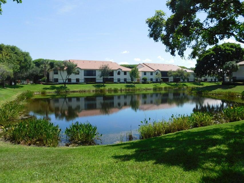 5136 Floria Drive J, Boynton Beach, FL 33437