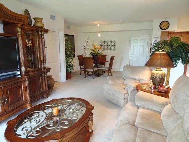 11710 St Andrews Place 102, Wellington, FL 33414