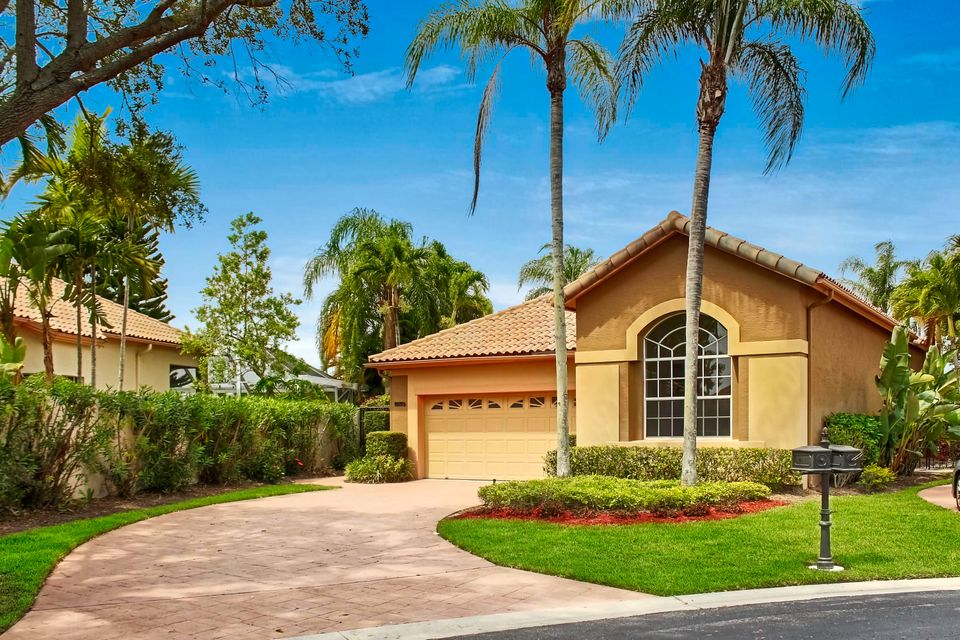 10155 Osprey, West Palm Beach, FL 33412