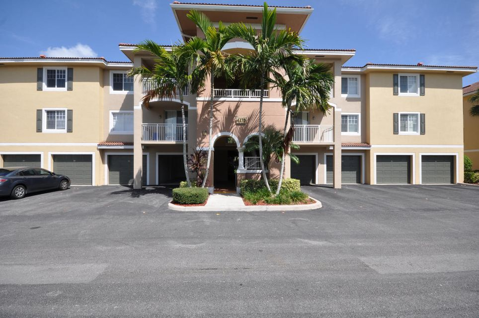 6370 Emerald Dunes Drive 204, West Palm Beach, FL 33411