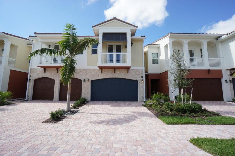 100 NW 69th Circle 74, Boca Raton, FL 33487