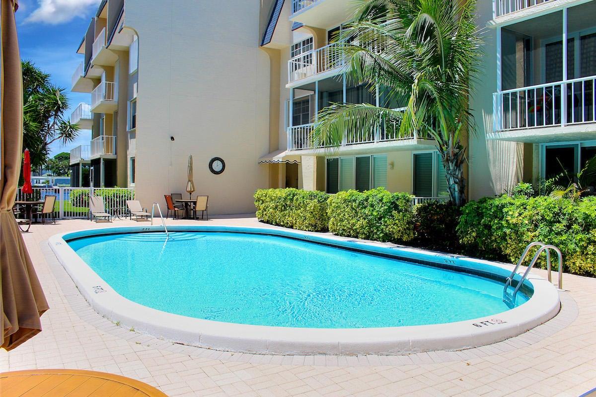 3575 S Ocean Boulevard 112, South Palm Beach, FL 33480