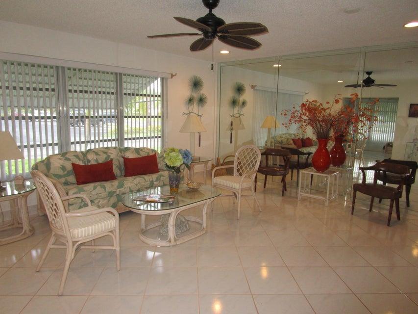 1140 Circle Terrace W A, Delray Beach, FL 33445