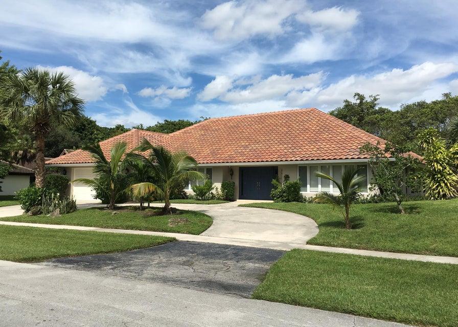 6593 Serena Lane, Boca Raton, FL 33498