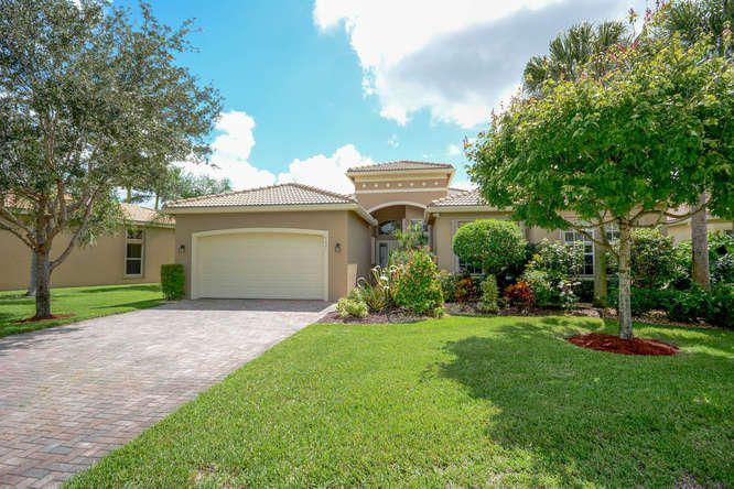 8651 Tierra Lago Cove, Lake Worth, FL 33467