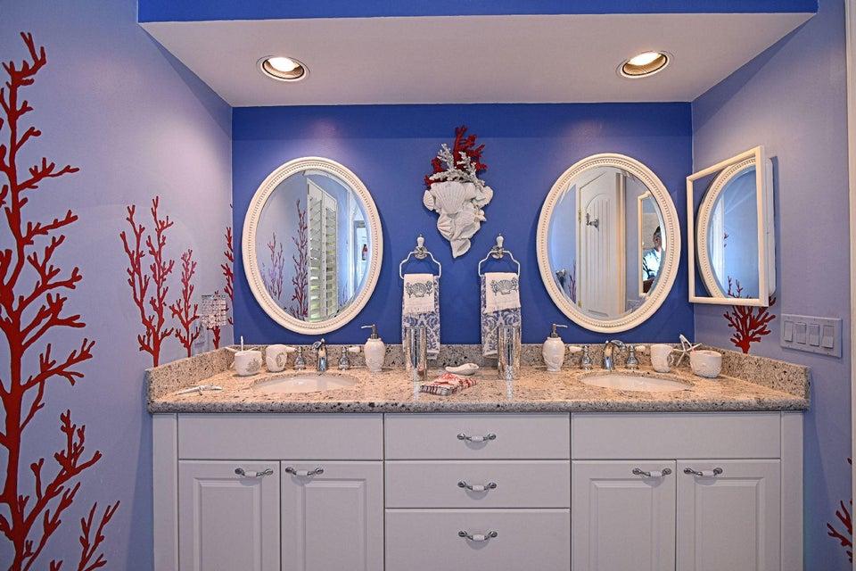 Bath Room 1B