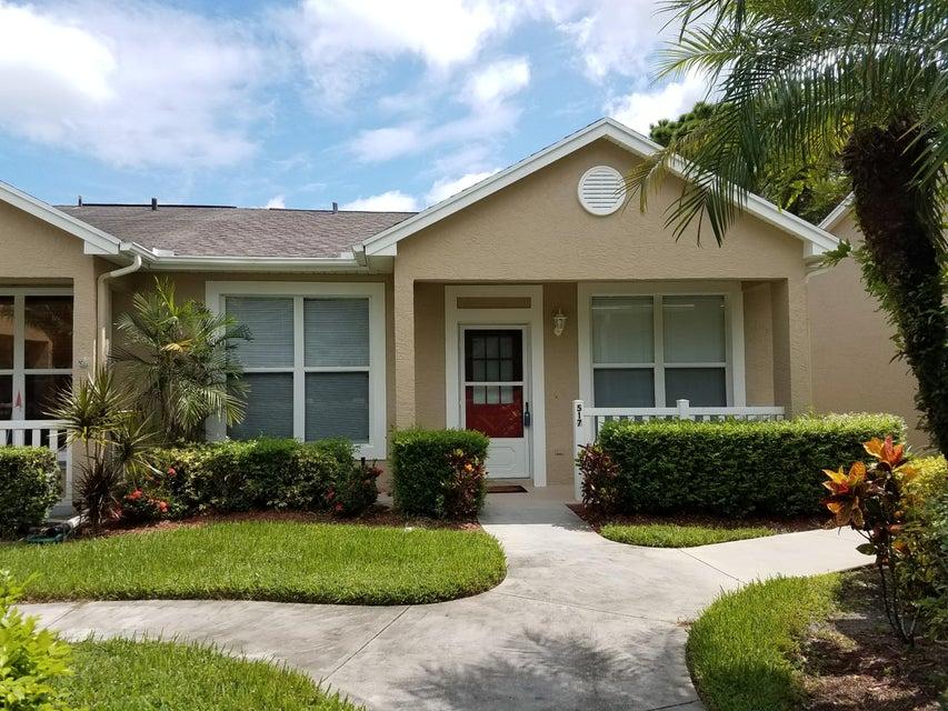 517 NW San Remo Circle, Port Saint Lucie, FL 34986