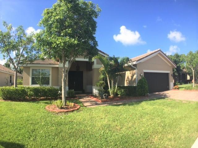 9406 Silent Oak Circle, West Palm Beach, FL 33411