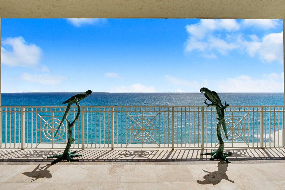 Balcony & Ocean View