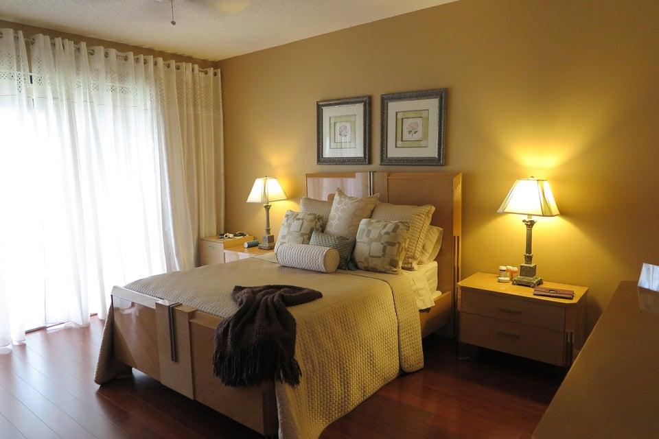 7546  La Paz Boulevard #401 Boca Raton, FL 33433