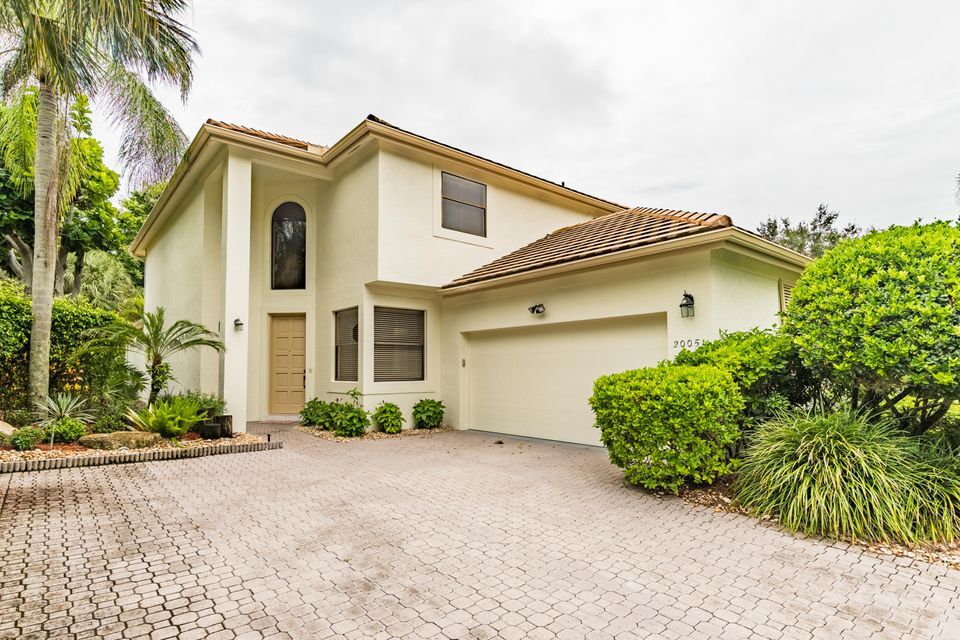 20051 Waters Edge Drive, Boca Raton, FL 33434
