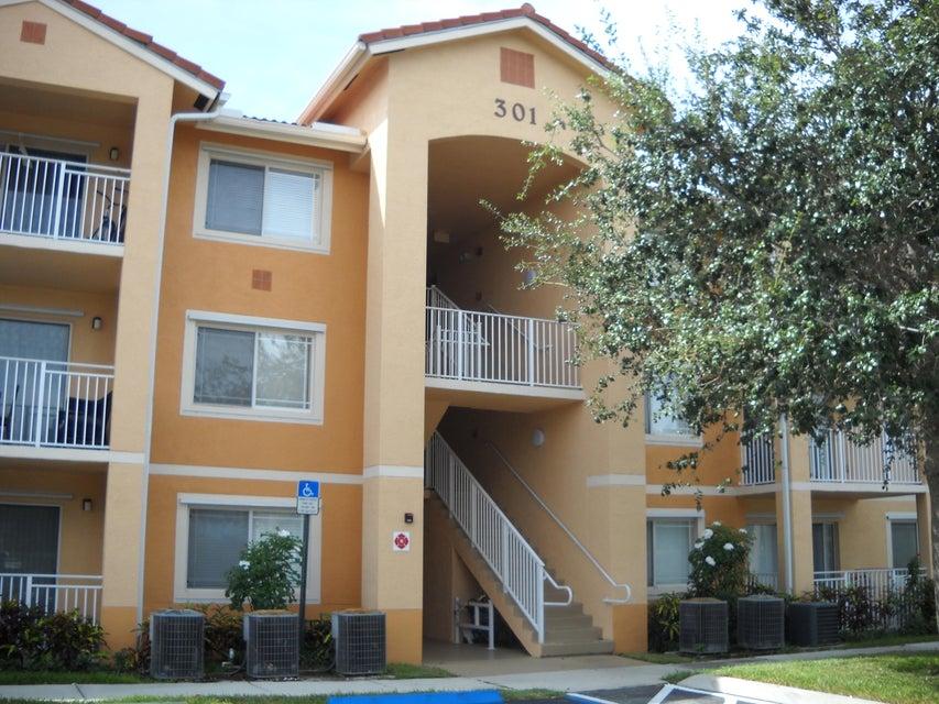 301 SW Palm Drive 101, Port Saint Lucie, FL 34986