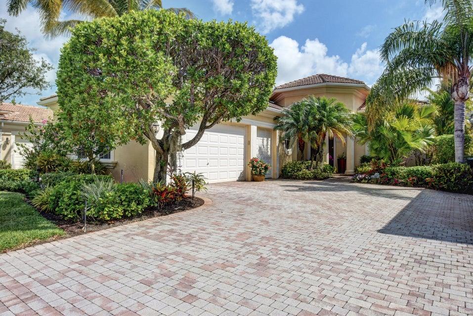 105 Porto Vecchio Way, Palm Beach Gardens, FL 33418