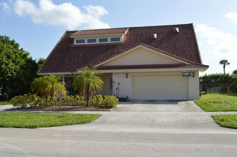 17280 Lake Park Road, Boca Raton, FL 33487