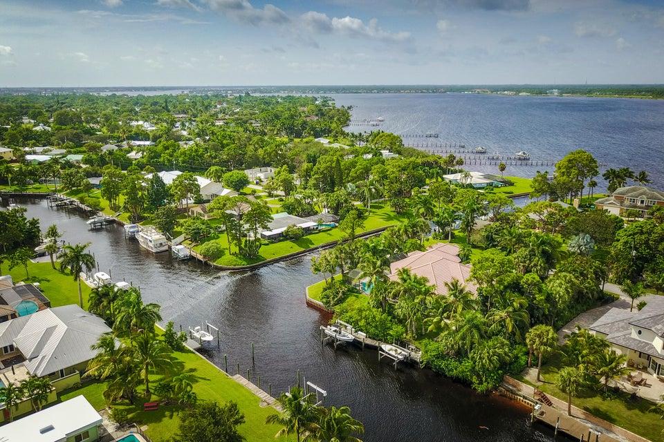 1980 NW Pine Tree Way, Stuart, FL 34994
