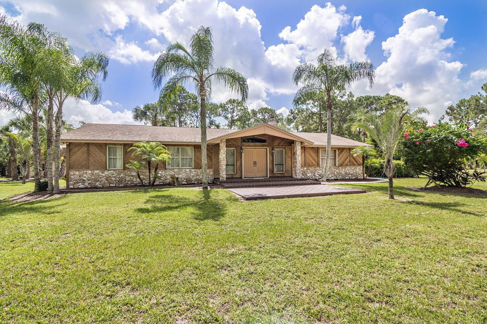 Caloosa homes and horse properties palm beach gardens Palm beach gardens homes for sale