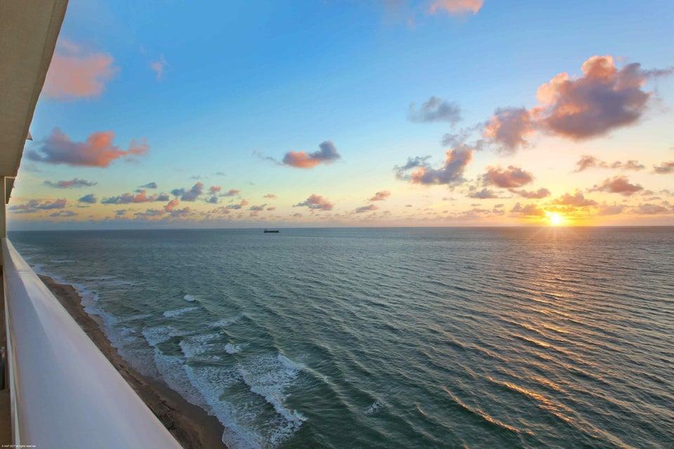 5050 N Ocean Drive 1602, Singer Island, FL 33404