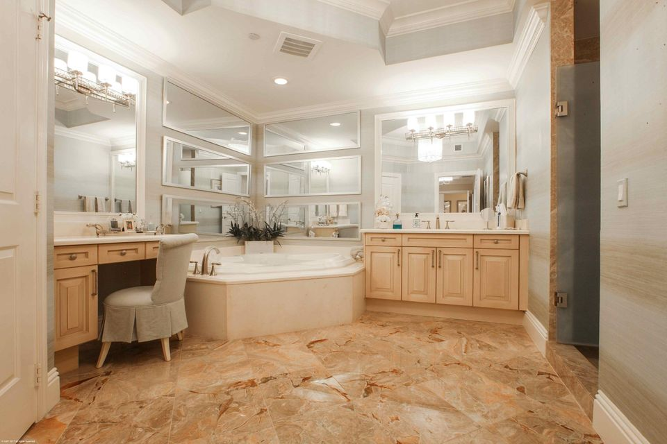 MASTER BATHROOM-HERS